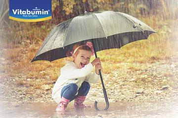 Bolehkah si kecil bermain hujan?
