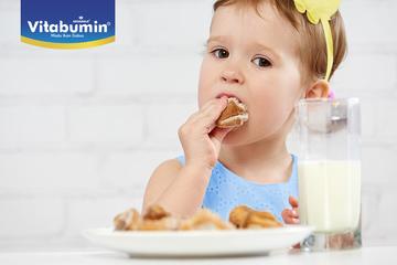 Apa Saja Makanan Yang Bisa Membuat Anak Tersedak?