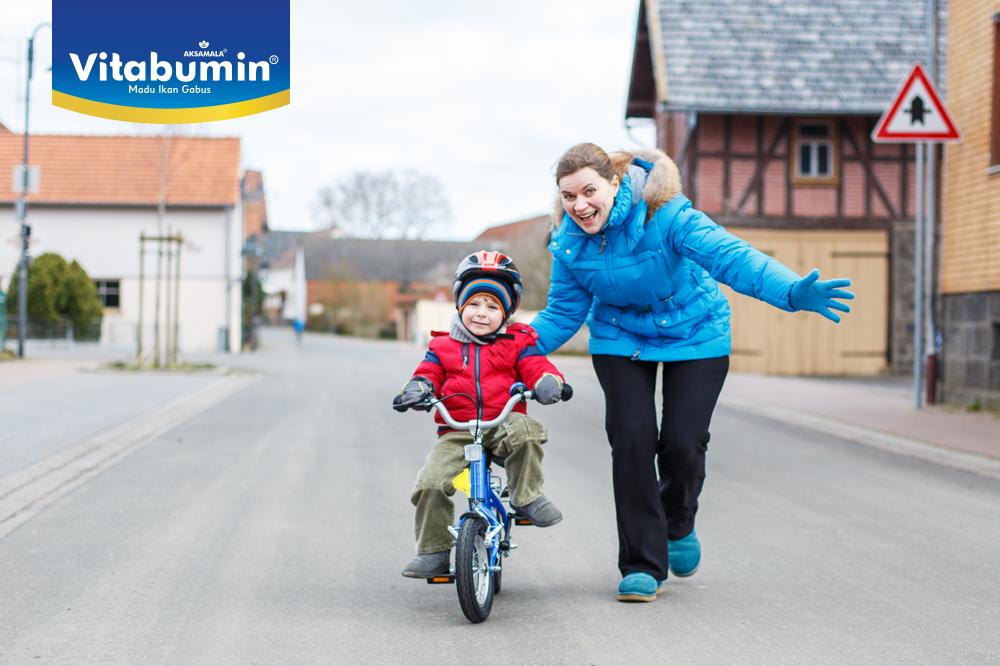 Manfaat Ajarkan Si Kecil Bersepeda