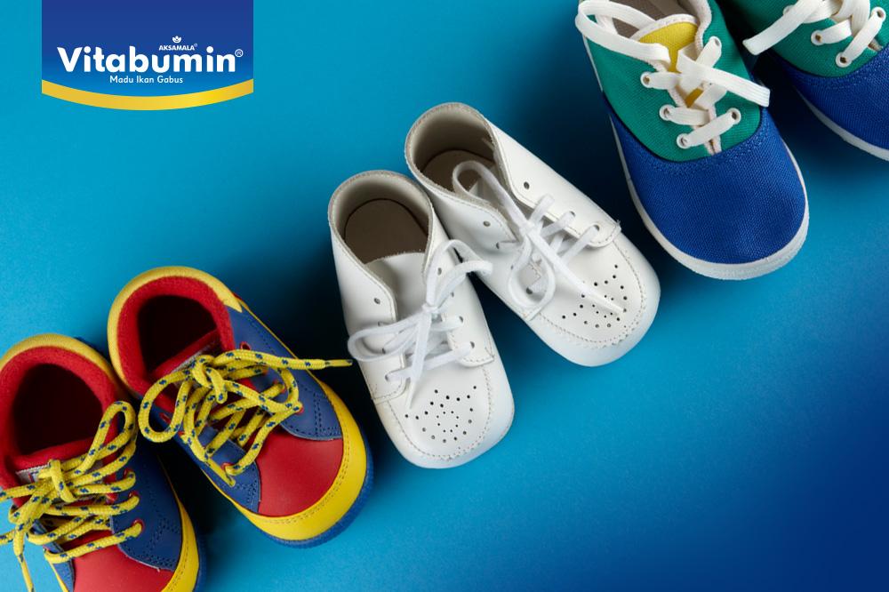 5 Kesalahan Saat Memilih Sepatu Si Kecil